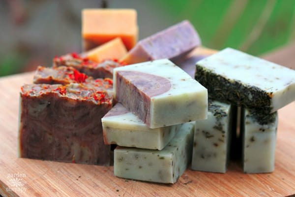 10 Beautiful DIY Soap Recipes for Use and Decor | HomeandEventStyling.com