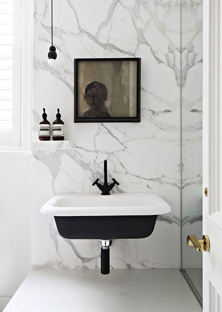 10 Beautiful Bathrooms with Earth Elements | HomeandEventStyling.com