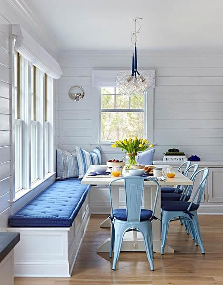 Going Rustic and Casual with Metal Dining Room Chairs | HomeandEventStyling.com