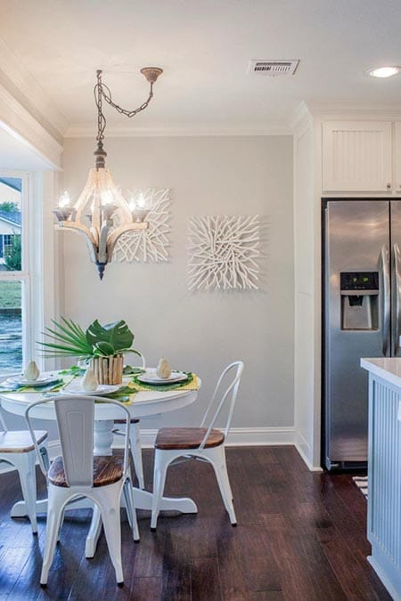 Going Rustic and Casual with Metal Dining Room Chairs   HomeandEventStyling.com