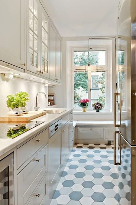 10 Small Kitchens That Are Big On Style   HomeandEventStyling.com