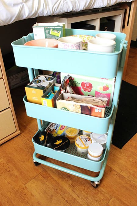10 Organizing Ideas to Get Your Dorm Room in Shape | HomeandEventStyling.com