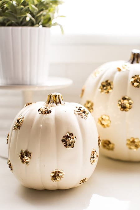 10 Creative DIY Projects to Get Into the Fall Spirit | HomeandEventStyling.com