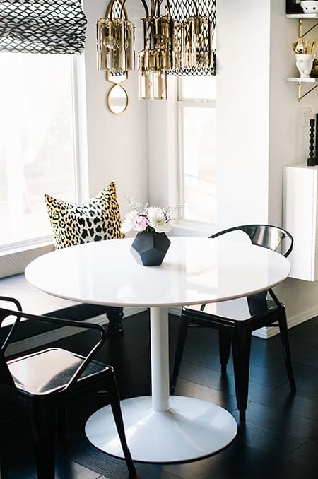 10 Super Chic Black and White Dining Rooms | MeganMorrisBlog.com