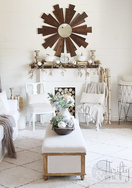 Warm and Cozy Decorating Ideas in Neutrals | HomeandEventStyling.com