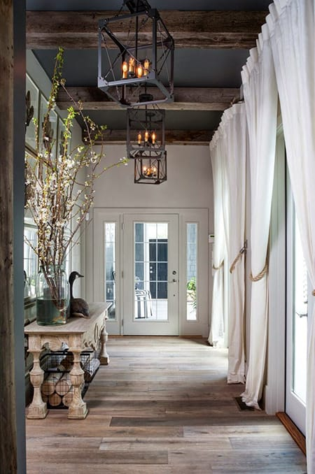 The Chic Contrast of Rustic Glamour Decor | HomeandEventStyling.com