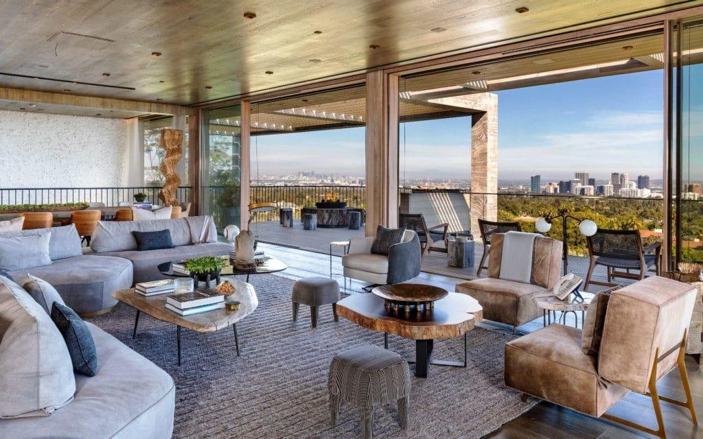 Living room at 822 Sarbonne