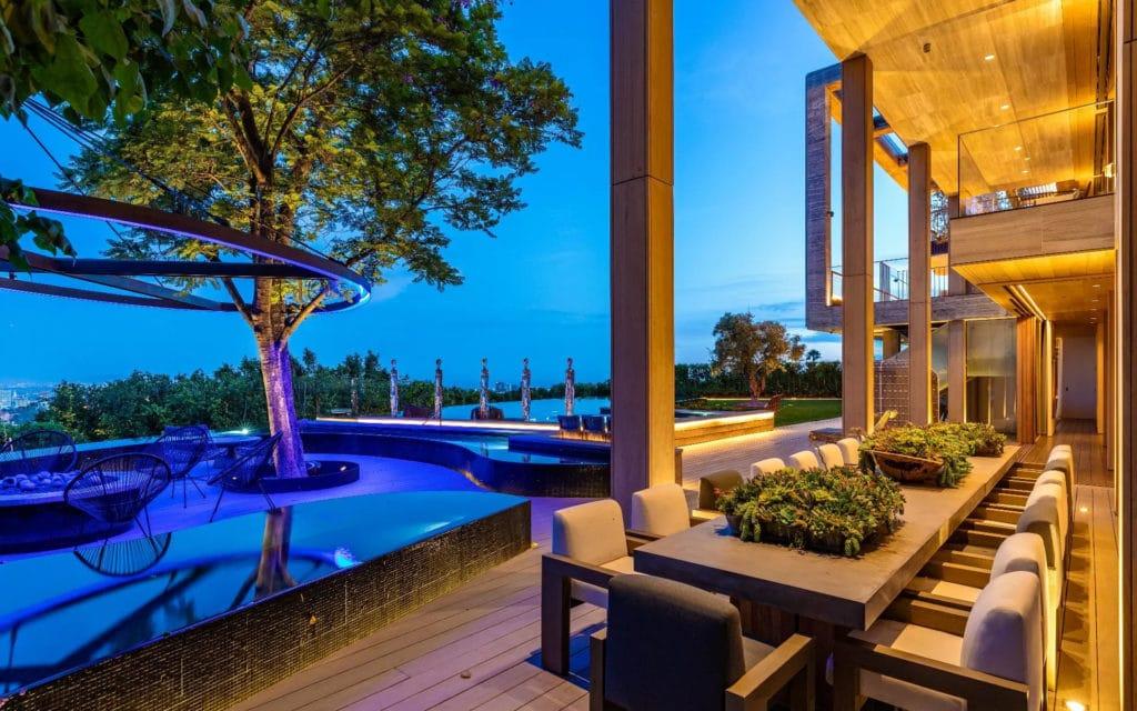 Pool deck at 822 Sarbonne