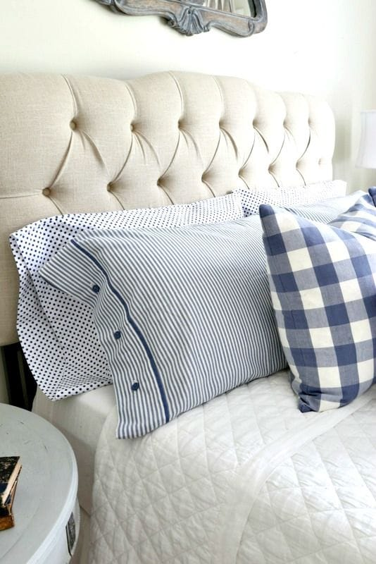 White and blue southern home decor