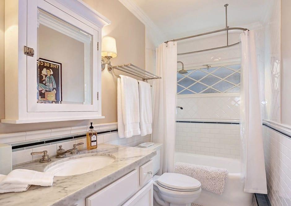 Guest Bathroom in Melissa McCarthy's Toluca Lake Home