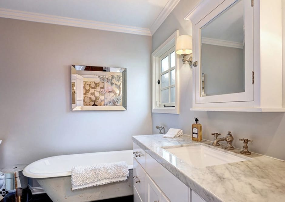 Master Bathroom in Melissa McCarthy's Toluca Lake Home