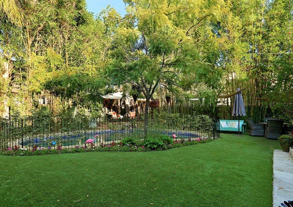 Backyard at Melissa McCarthy's Toluca Lake Home
