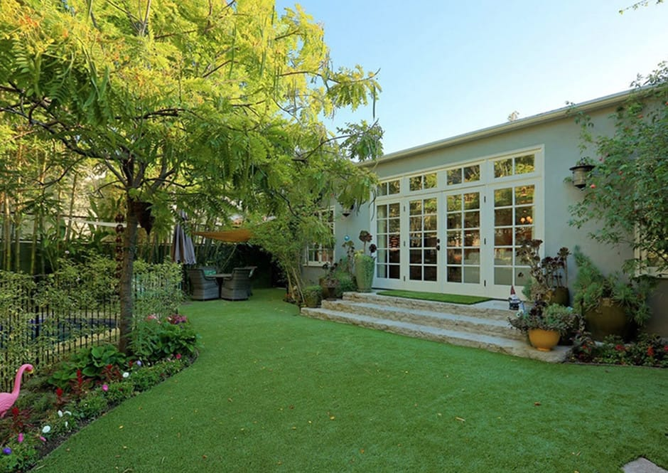 Rear View of Melissa McCarthy's Toluca Lake Home