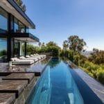 1369 Londonderry pool