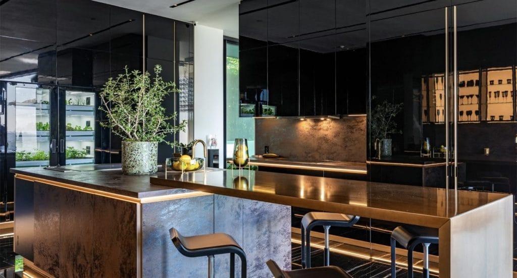 1369 Londonderry kitchen