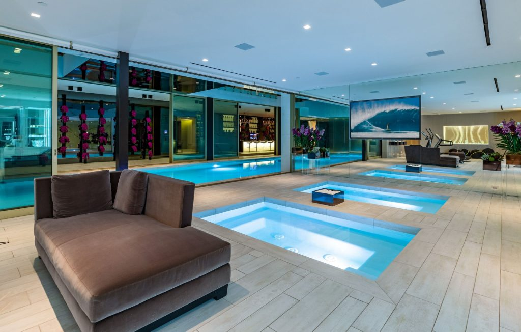 Hot tubs inside 1175 Hillcrest Road