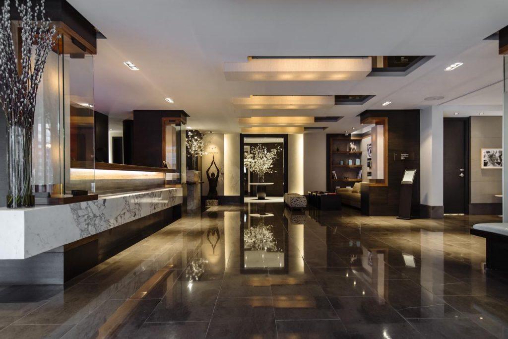 Lobby area of Dupont Circle Hotel.