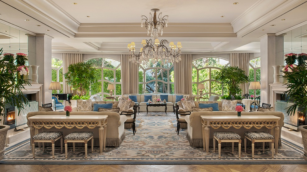 A living room style set-up in 5-star hotel, Peninsula, in Beverly Hills, CA where afternoon tea is served.